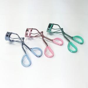 Dual colour eyelash curler